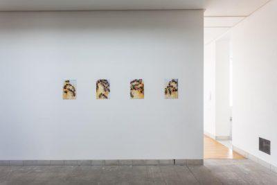 Ausstellungsansicht Melanie Dorfer: Apis (2011-2019); Foto: Benjamin Knoblauch
